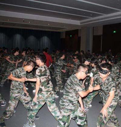 军事拓展训练-人生大锯