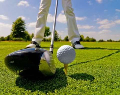 管理高尔夫
